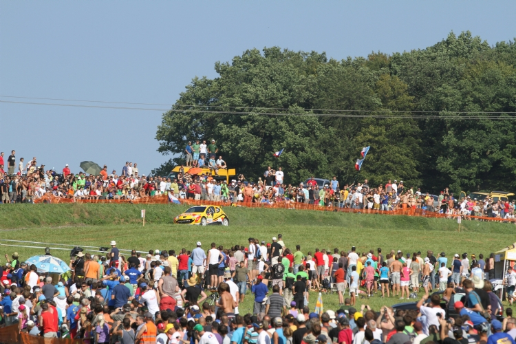Spectateurs en masse au rallye du Barum 2011