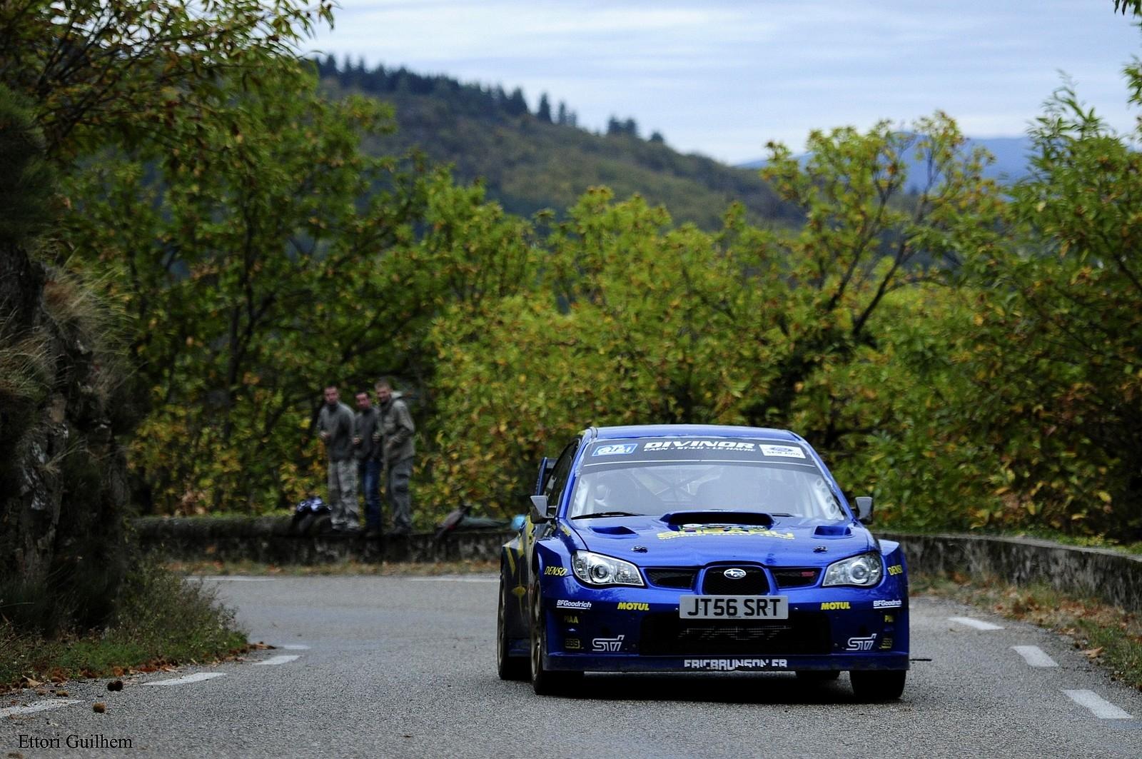 Eric Brunson au volant de sa Subaru Impreza WRC