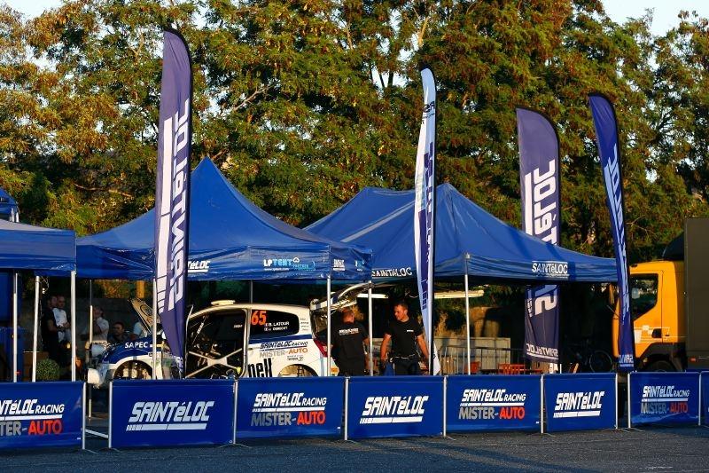 Le team Saintéloc Racing lors du rallye du Rouergue 2011